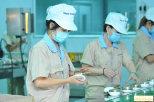 Tiêu chuẩn đội ngũ nhân viên theo quy định về điều kiện sản xuất mỹ phẩm