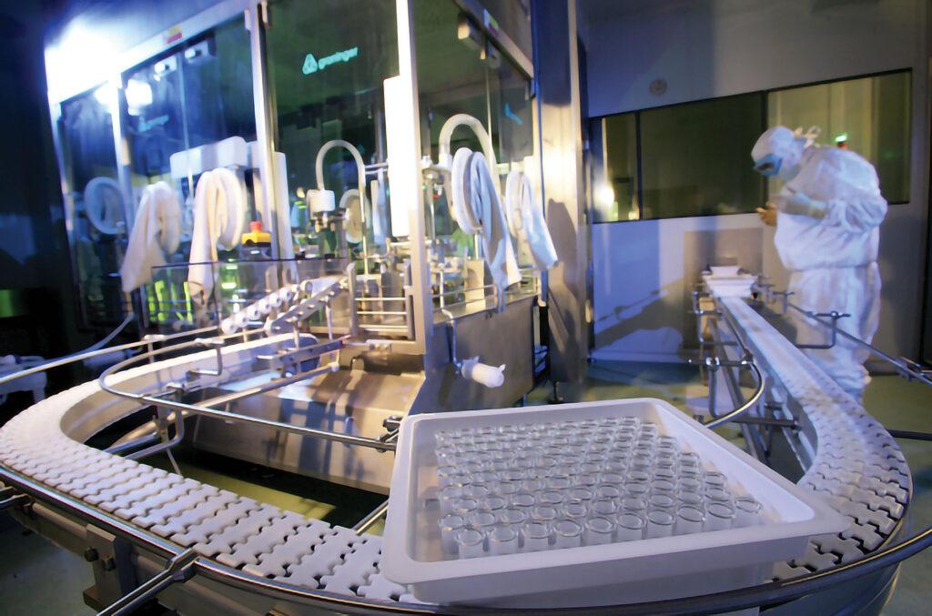Sản xuất vắc xin đạt tiêu chuẩn GMP